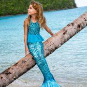 Cola sirena niña azul palmera